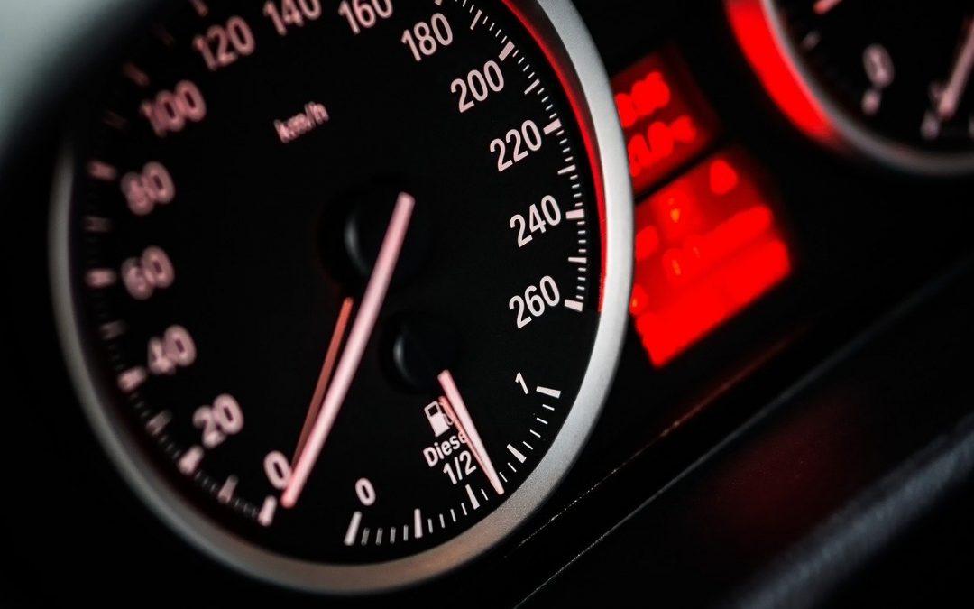 Lo que importa la velocidad en una colisión