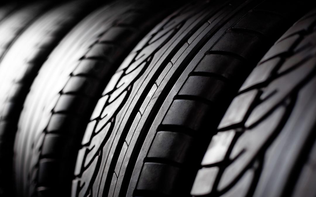 Campaña especial de vigilancia de la DGT: Control de neumáticos y luces